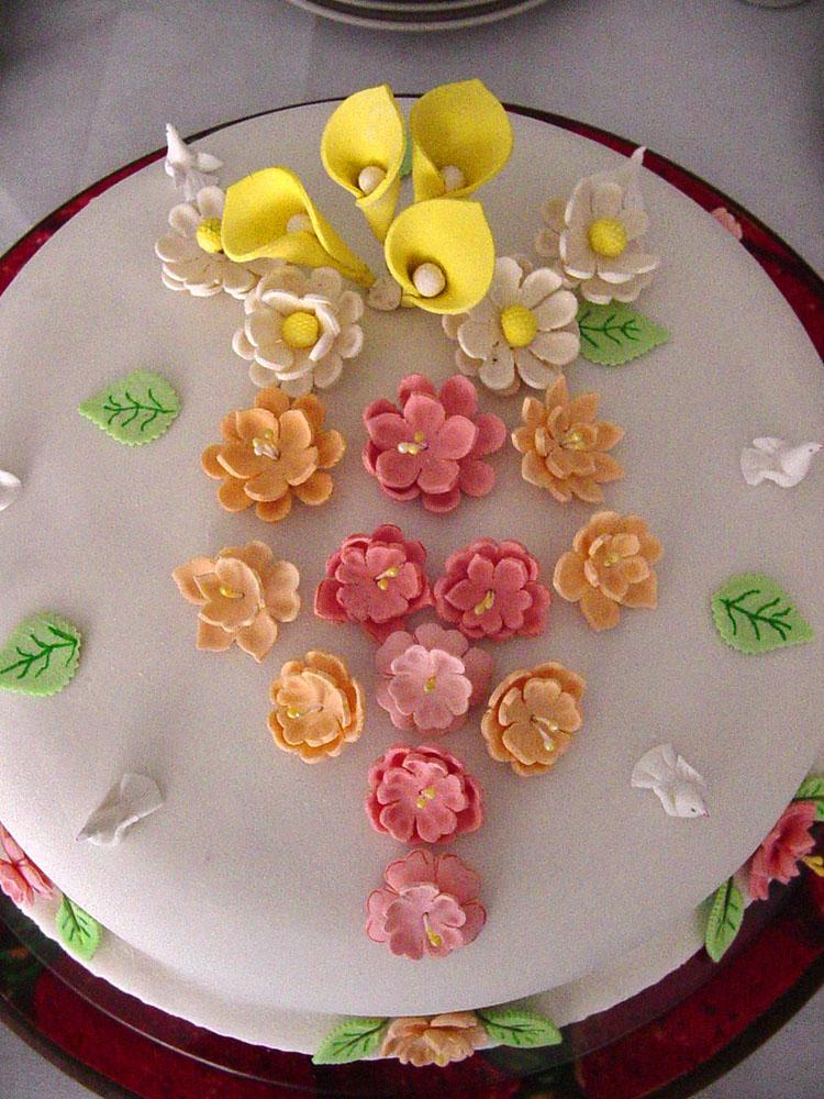 Tortas y gelatina torta de monster high pelautscom picture - Decoracion de tortas ...